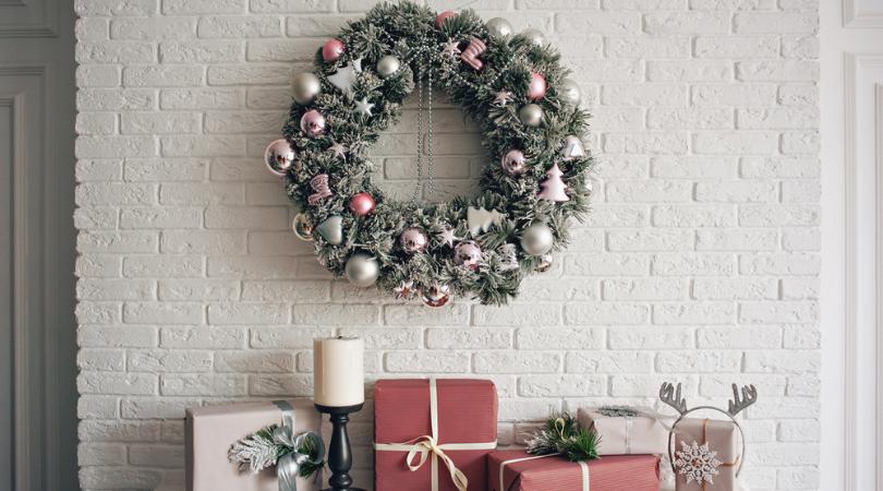 Kerstkransen en guirlandes koopt u online bij Tuincenter Vincent | Tuincenter-Vincent.be