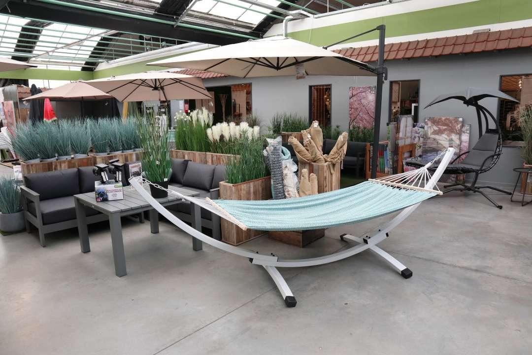zweefparasol-hangmat-tuincentrum-vincent
